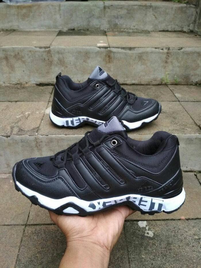 Jual Sepatu Outdoor Adidas Terrex Import Man Hiking Gunung Adventure ... aa247ff7c3