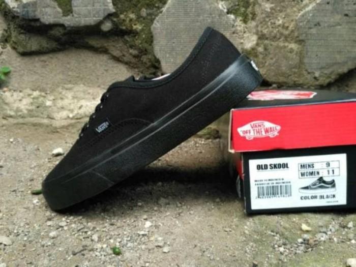 Jual Sepatu Vans Authentic   Sepatu Sekolah Casual Kets Cewek Cowok ... 9217deb466