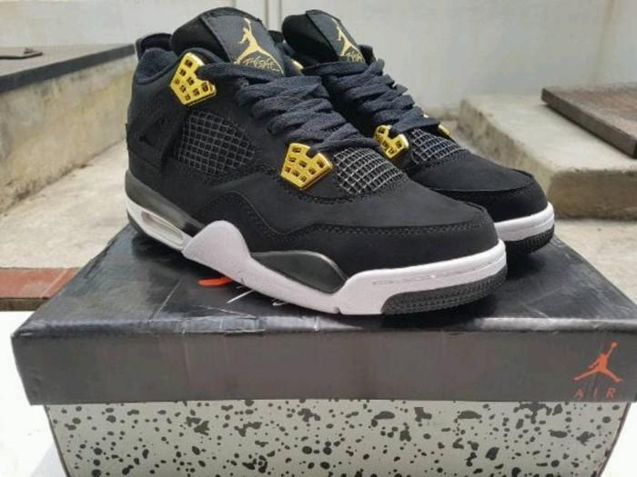 Jual Sepatu Basket Air Jordan 4 Royalty Black Gold - Polyphia ... 39492f8eed