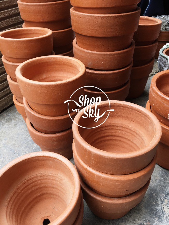 harga 1 lusin pot tanah liat 10 cm terracotta/gerabah / tembikar Tokopedia.com