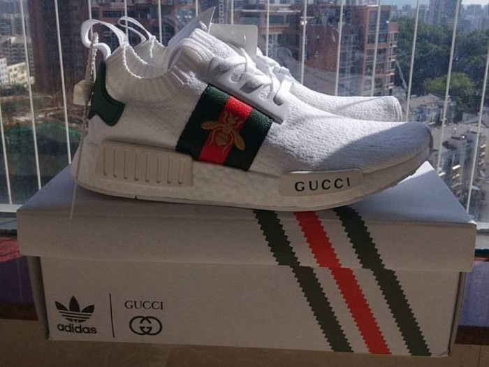 Jual Sepatu Sneakers Adidas NMD R1 Gucci Bee White - We Have ID ... 96f3ab3712