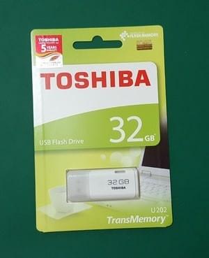 harga Toshiba usb flashdisk / fd hayabusa 32gb original putih Tokopedia.com