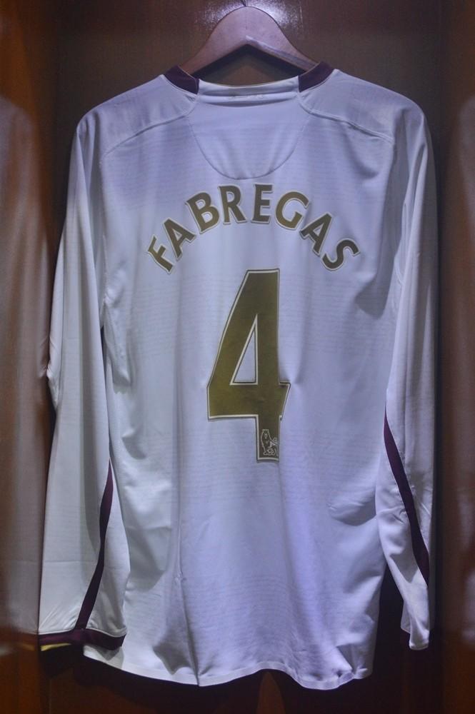 harga Jersey baju sepakbola original arsenal away 07/08 player issue Tokopedia.com