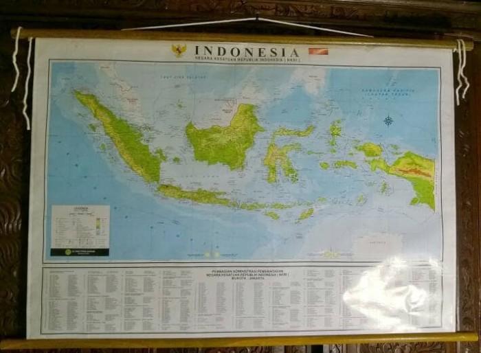 Jual Peta Indonesia NKRI Gulung Bingkai Kayu - Jakarta ...
