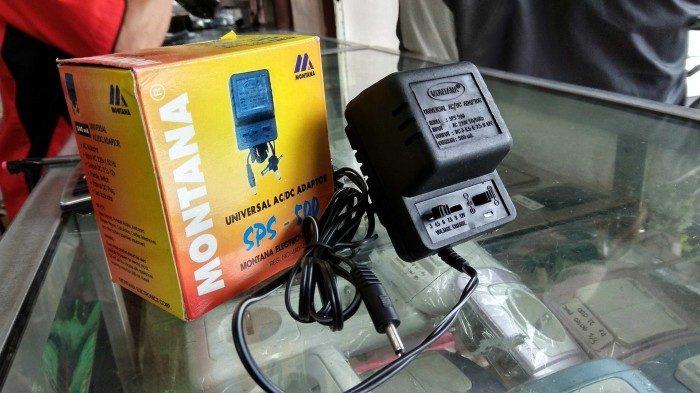Foto Produk Adaptor 1,5 - 12 Volt Montana 500mA Charger Senter Swat dari NurHouse wonosobo