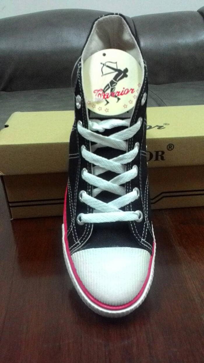 Jual Sepatu Sekolah Anak Sd Warrior Classic Hc Hitam Putih Ihd Shopp