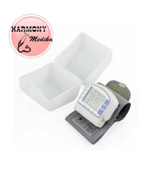 harga New!! Tensimeter Digital Pergelangan Tangan Blood Pressure Monitor Tokopedia.com