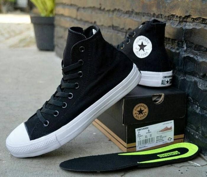 Sepatu Converse CT High Vietnam Black White Hitan Sneakers Cewek Cowok -  Hitam e816630e3b