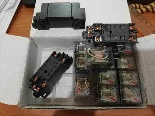 harga Relay my2n + socket pyf08a-e per set relay+soket Tokopedia.com