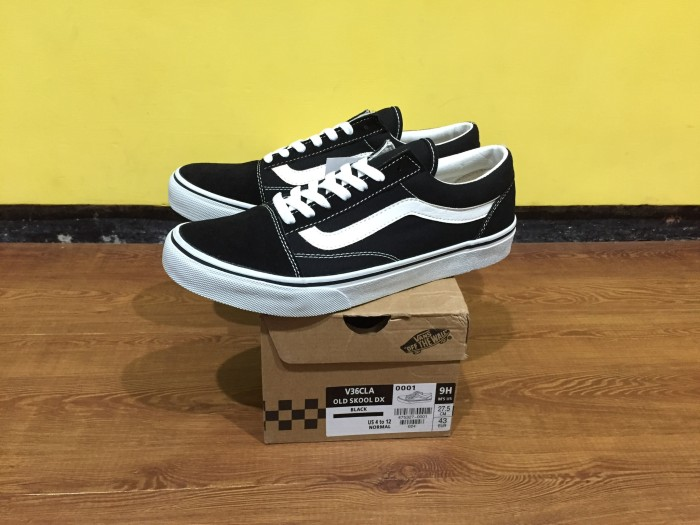 e16cdb124a Jual vans old skool black white JAPAN MARKET ORIGINAL - Kota ...
