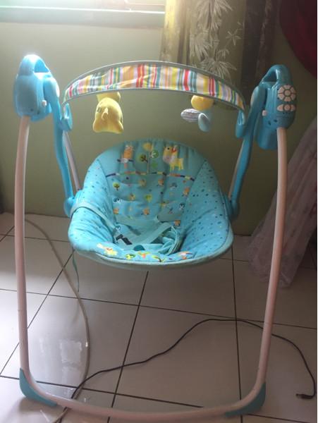 baby elle swing portable preloved / babyelle swing bekas
