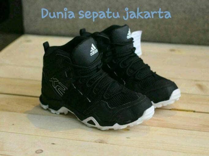 Jual Sepatu spatu Adidas Ax2 tinggi high sekolah olahraga runing ... 654e08df08