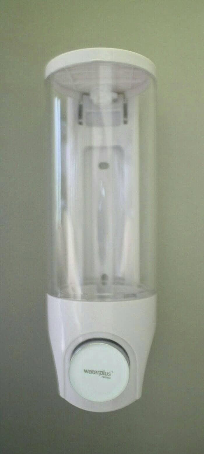 harga Tempat sabun cair & shampo soap dispenser anti pecah water plus Tokopedia.com