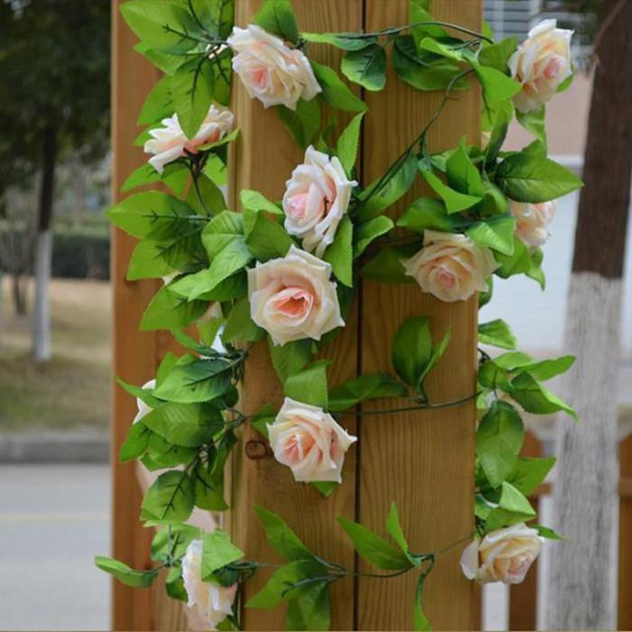 Bunga mawar rambat artifitial lengkap dengan daun