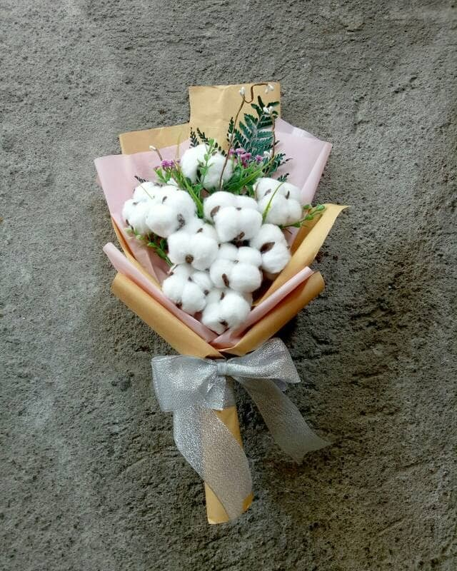 Jual Buket Goblin / cotton flower bouquet - Romantic Couple | Tokopedia