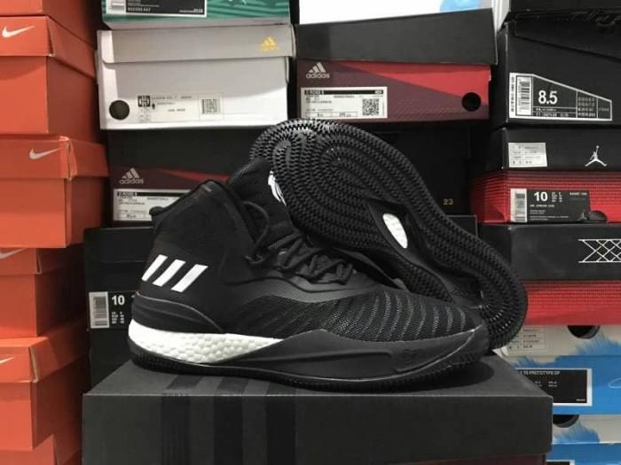 harga Sepatu basket adidas rose 8 black white Tokopedia.com