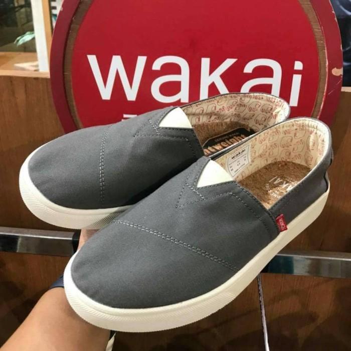 harga Sepatu wakai hashigo 121 grey original sale Tokopedia.com