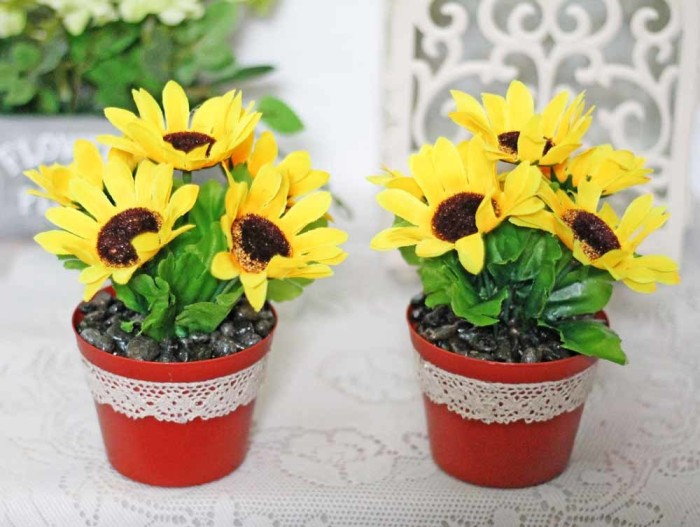 harga 1 set isi 2 bunga plastik hias artificial matahari sun + pot shabby 1 Tokopedia.com