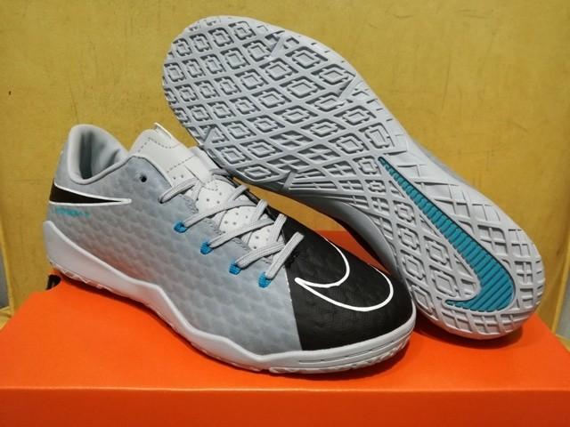 a9ae4f171 ... purchase sepatu futsal nike hypervenom phelon iii wolf grey black 168a9  f98f2
