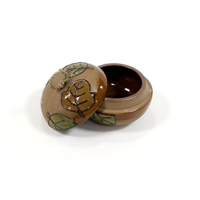 Jual Tempat Perhiasan Warna Coklat Muda Motif Daun  Harga Promo Terbaru