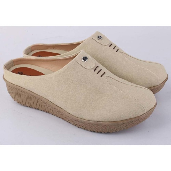 ... harga Sepatu sandal sendal bustong wedges wanita cewek cewe krem rah  004 rz Tokopedia.com 3a25497f55