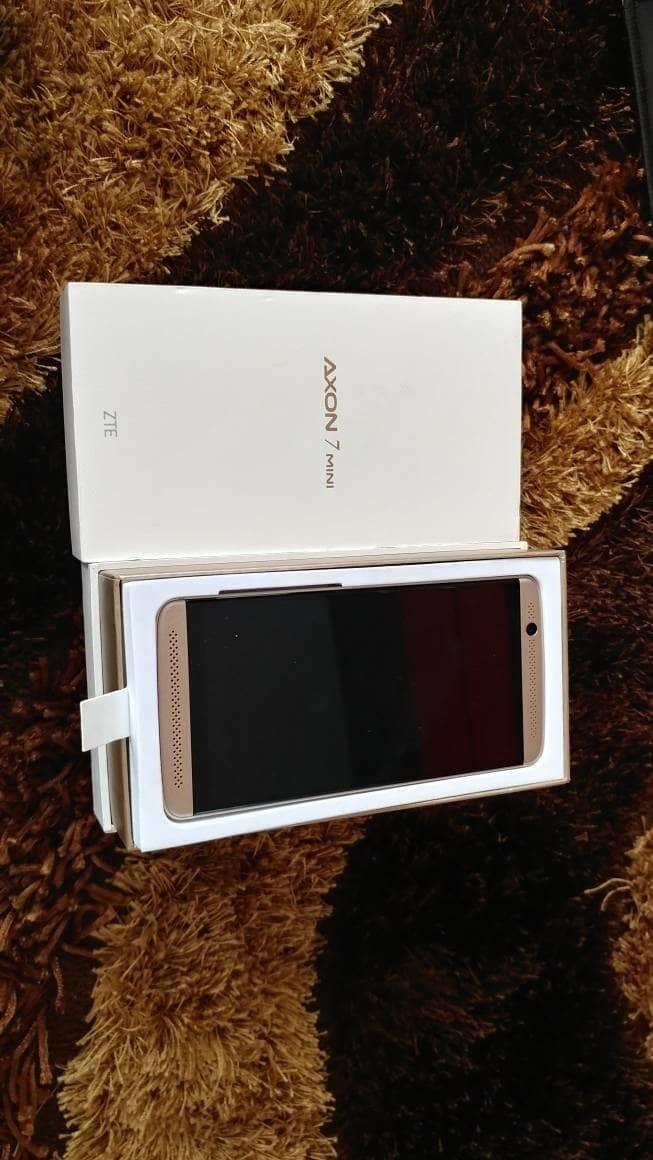 Foto Produk ZTE Axon 7 mini LTE dual sim dari jawa phone shop