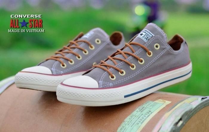 Jual PROMO Sneakers Sepatu converse all star made in vietnam BNIB ... 57bffde568