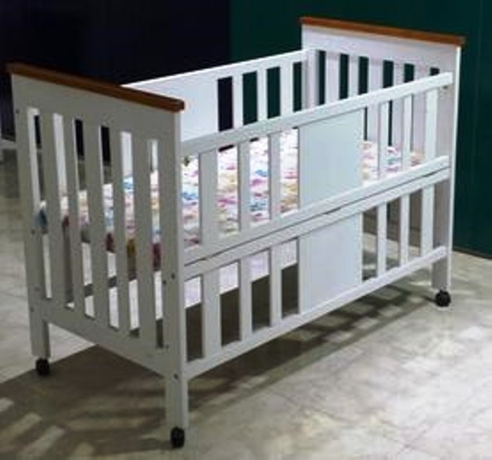 Hakari tempat tidur bayi baby box kayu tanpa kelambu nia ttba hk 073
