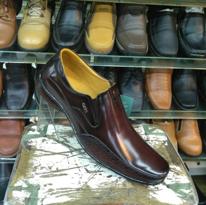 harga Sepatu pantofel pria gats zu 002 brown Tokopedia.com