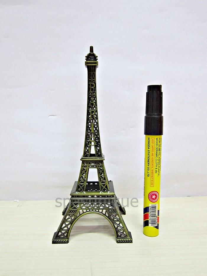 harga Miniatur menara eiffel paris 18cm Tokopedia.com