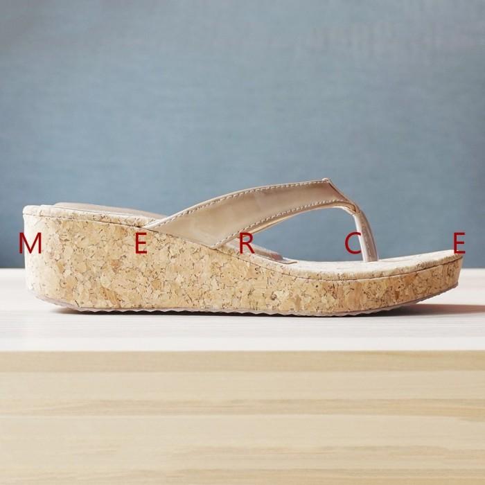 Sepatu Slip On Merce - Sandal Wanita Melanie Wedges - Brown   Coklat f4e49c388f