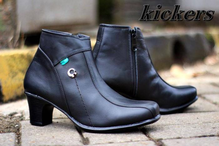 Sepatu wanita kickers pantofel gum resleting kulit asli