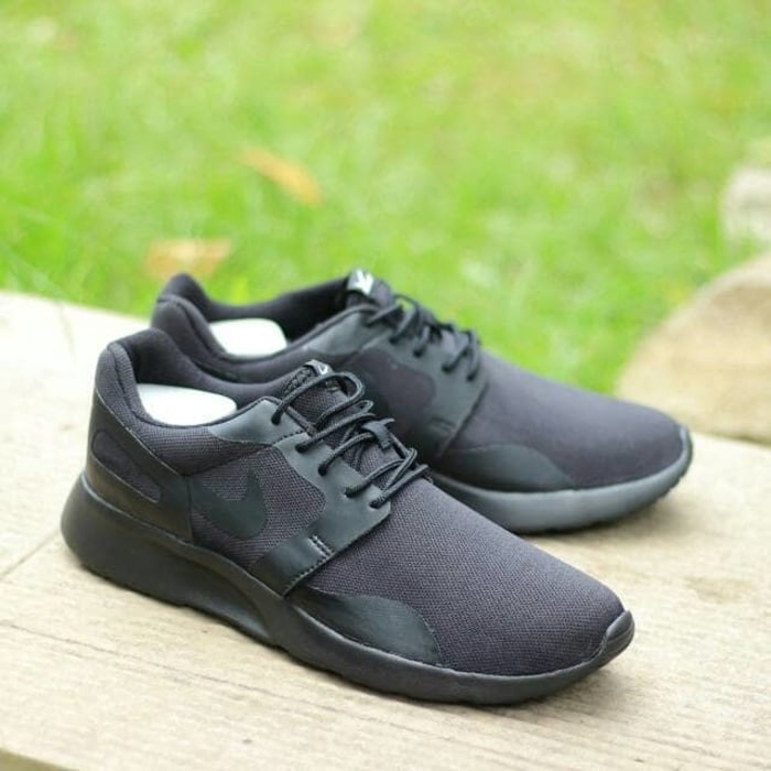 check out 461dc f13fd Nike Kaishi Run All Black ORIGINAL Sneaker for Mens