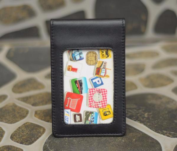harga Exclusive name tag id card holder kulit magnet karyawan pegawai hitam Tokopedia.com
