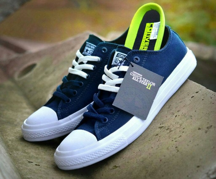 Jual sepatu converse ct ii original vietnam cek harga di PriceArea.com 51e1df2222