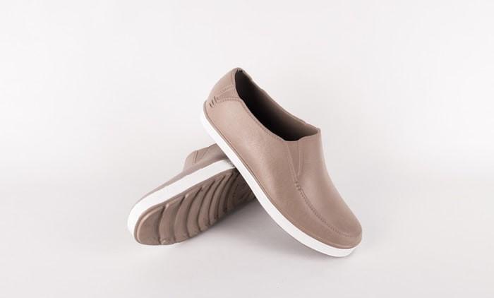 Info Sepatu Pantofel Karet Travelbon.com