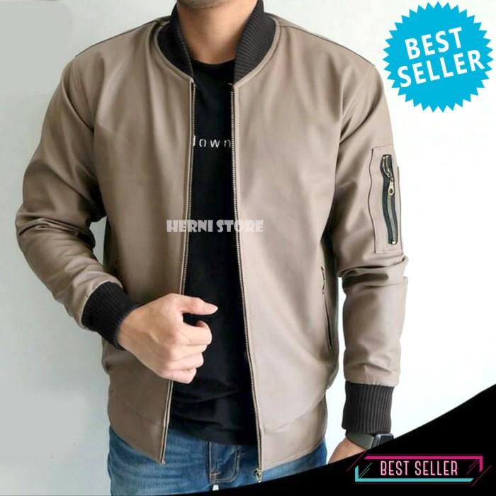 harga Jaket bomber kulit pria / jaket semi kulit bomber casual mocca Tokopedia.com