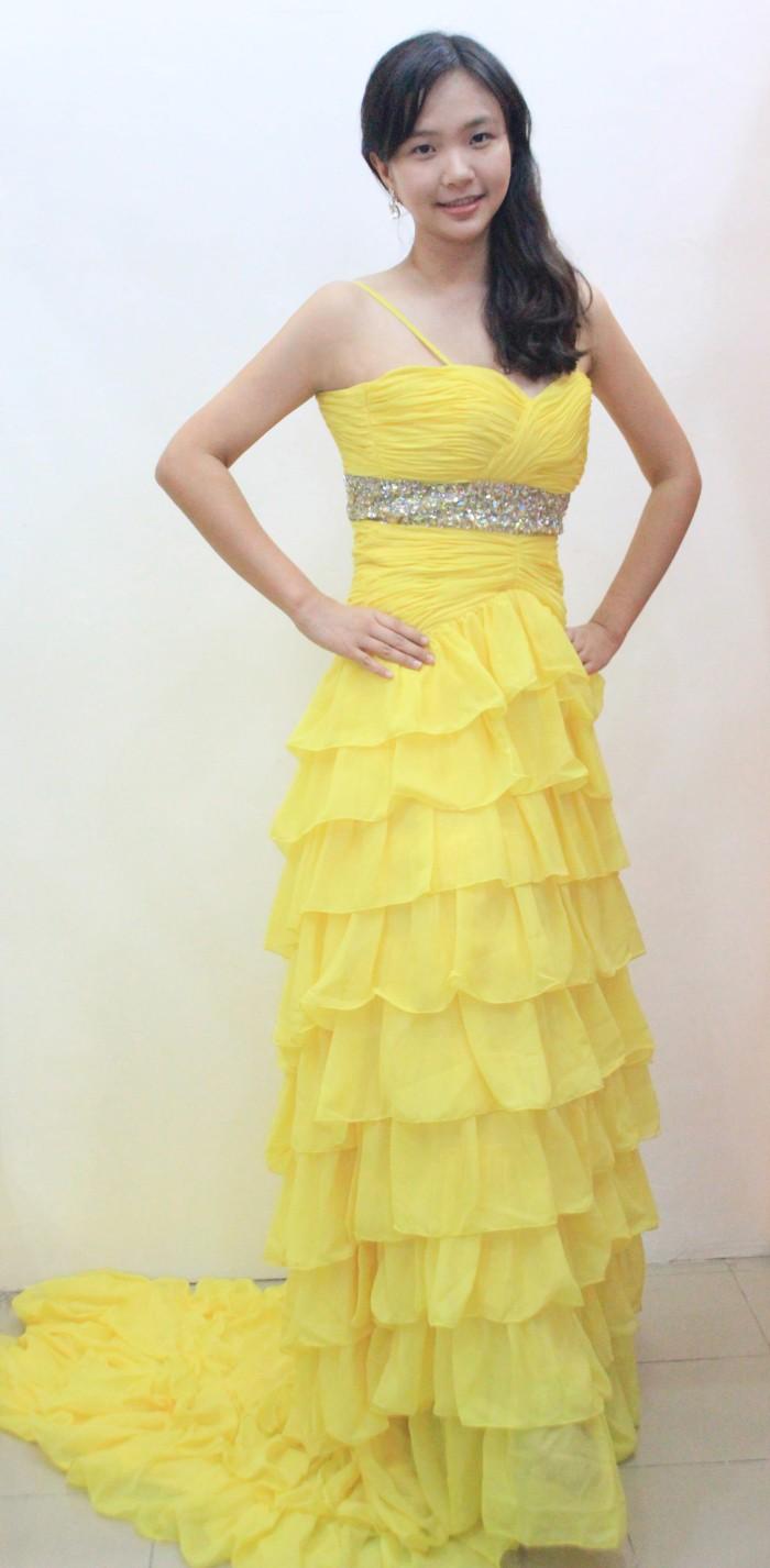 Jual Gaun Pesta Panjang Kuning Dengan Ekor Beauty And The Beast Jakarta Utara Live Love Laugh Bridal