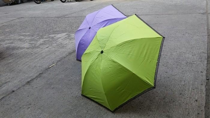 harga Payung lipat renda hitam murah kuat (free bubble) umbrella Tokopedia.com