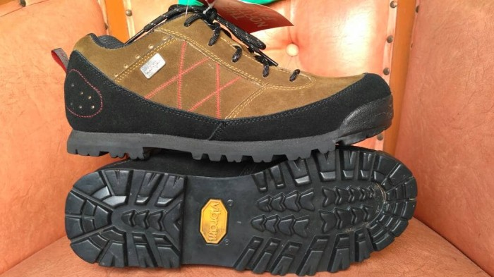 harga Sepatu hiking the north face tnf sol vibram not jws eiger salomon rei Tokopedia.com