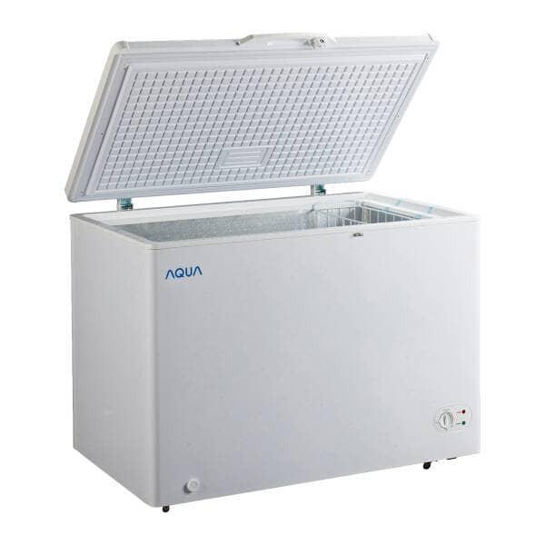 harga Aqua japan chest freezer box aqf-200(w) pembeku daging es 202 liter Tokopedia.com