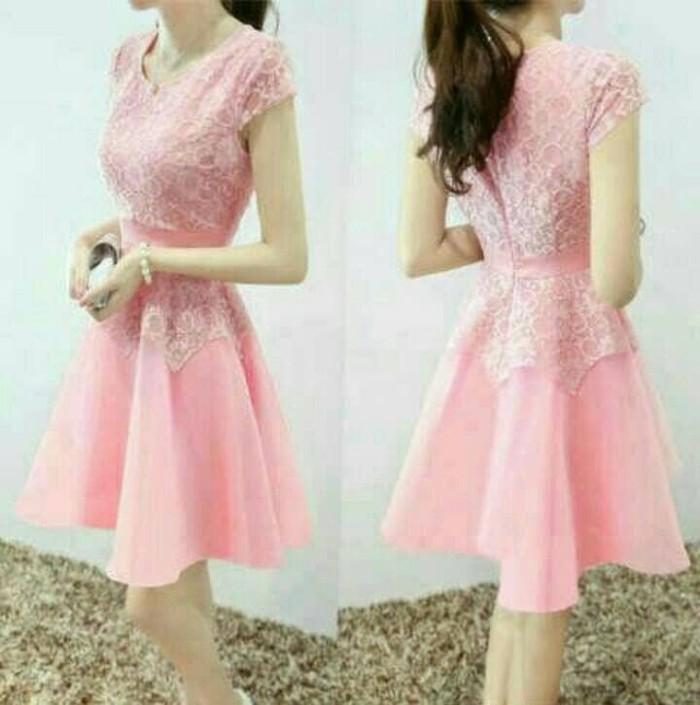 harga Dress midi/mini/gaun brukat/brokat/lace combi saten pink cantik elegan Tokopedia.com