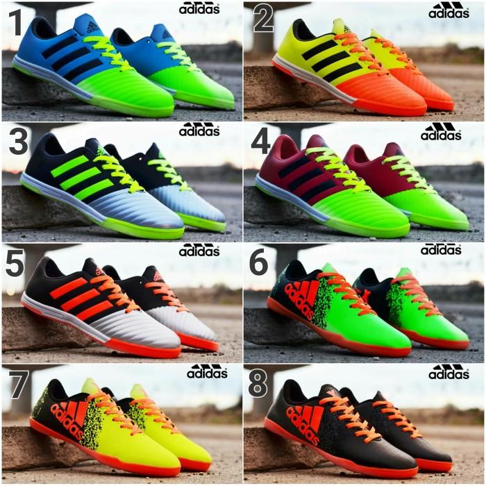 Jual Jaman Sekarang Sepatu Futsal Murah Adidas Pria Terlaris New ... b4296e5a2b