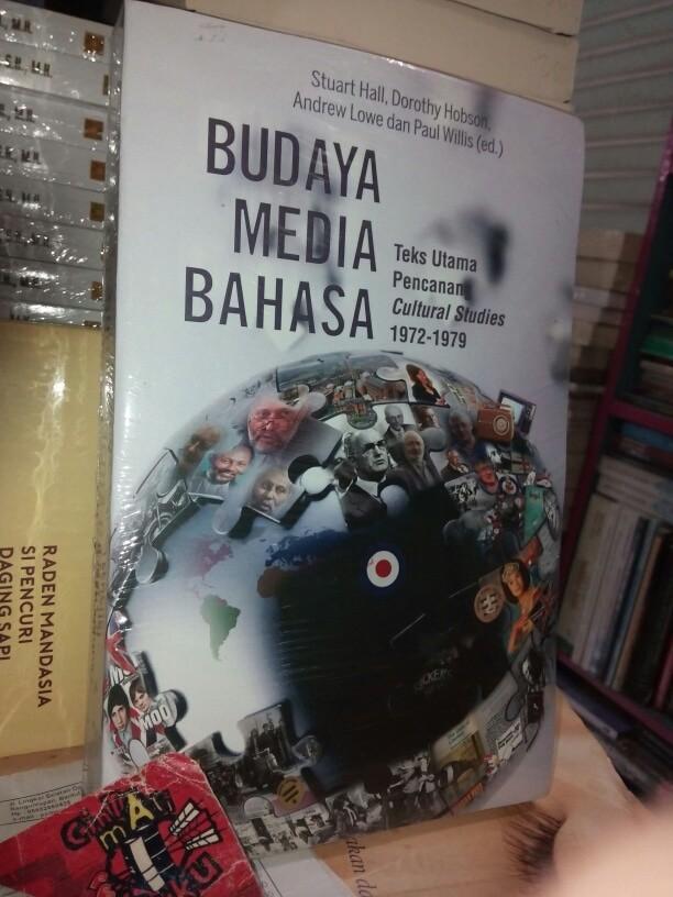 harga Budaya media bahasa teks utama pencanang cultural studies stuart hall Tokopedia.com