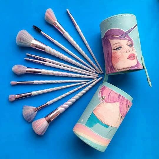 Haluu Essentials Demicom Brush Set