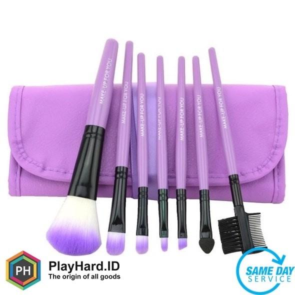 harga Kuas make up 7 set dengan case kulit - purple