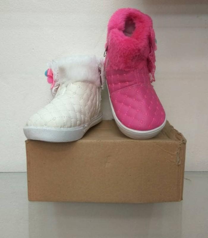 harga Sepatu boot bayi cewek size 22-25 Tokopedia.com
