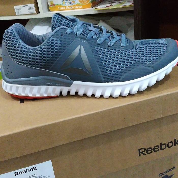 Sepatu Sport REEBOK Ori Murah   SALE   Reebok   Original   Sneakers 2624c7dfb3