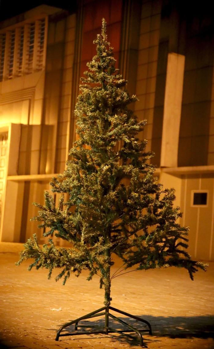 Jual Pohon Natal Hijau 2 Meter Hiasan Rumah Natal Dan Tahun Baru Kota Medan Lopute