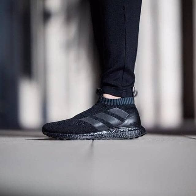 super popular 28d7d 24a00 Jual Sepatu Adidas Ultraboost Ace 16 Triple Black / Ultra boost / Pria -  Jakarta Barat - Polyphia | Tokopedia